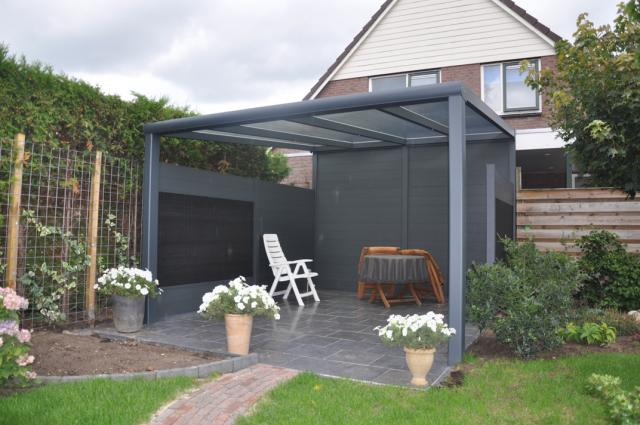 veranda 39 s. Black Bedroom Furniture Sets. Home Design Ideas